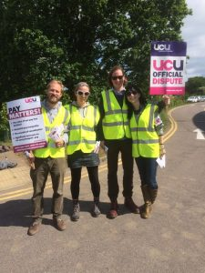 picket6may2016